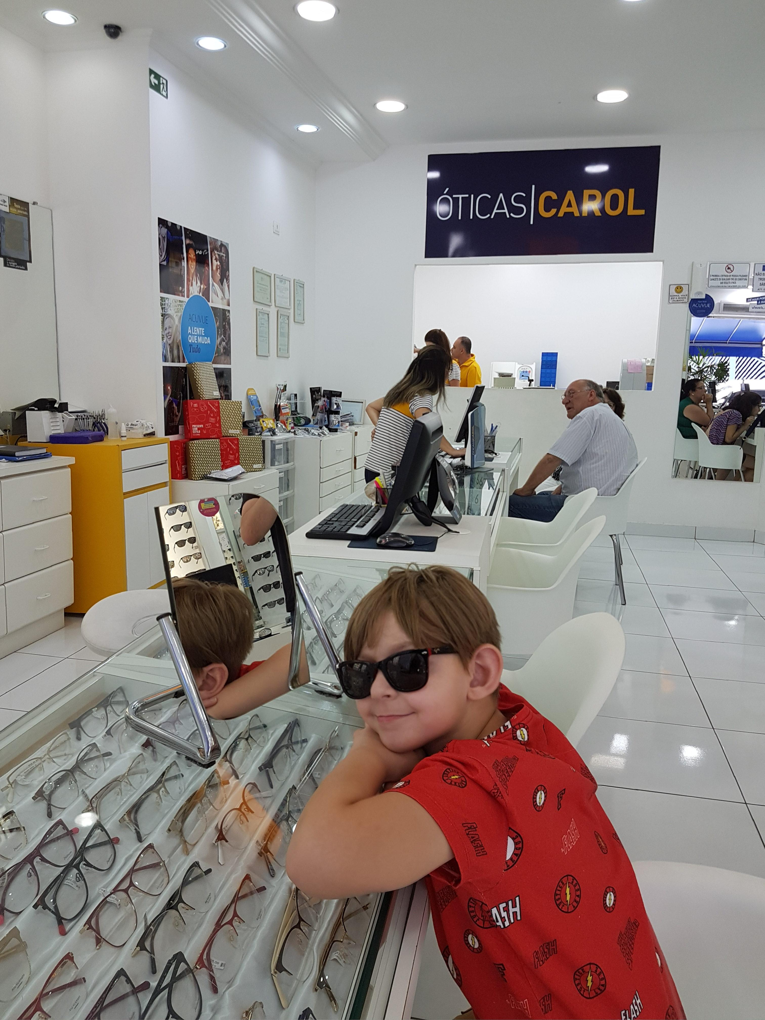 4b784ba51 Óculos de sol infantil – como escolher para seu filho? - Baú de Menino